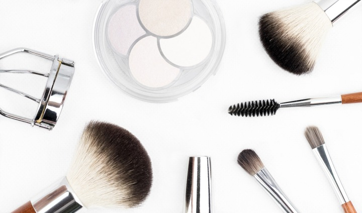 5 Multifunctionele beauty-favorieten voor als je gaatminimaliseren