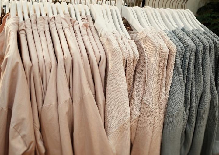 Mainstream mode ketens die ook eco-kledinghebben