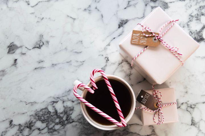 Het seizoen van cadeau's geven komt eraan… hoera?! (Deel1)