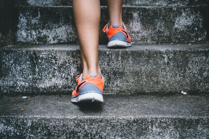 Sportkleding minimaliseren en organiseren | Ontspullen inhuis